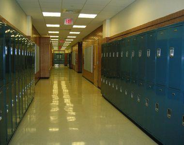 Câți elevi au fost infectați cu virusul Sars-Cov-2. Peste 482 de unităţi de învăţământ...