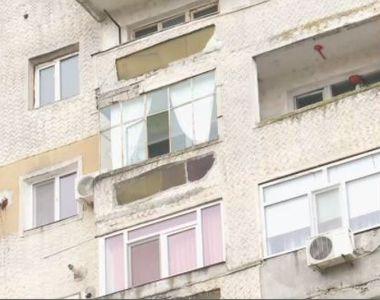 Tânărul de 19 ani din Alexandria care a sărit în gol de la etajul 8 a murit la spital
