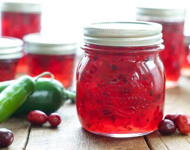 Reţetă de dulceaţă de gutui cu ardei iute: O delicatesă culinară