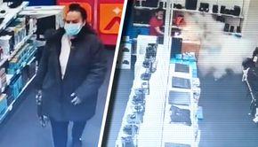 VIDEO | Un dezastru a fost aproape să se producă la un mall din Capitală din cauza unei bătrâne! Supărată pe un magazin de electrocasnice, femeia a dat foc unor produse