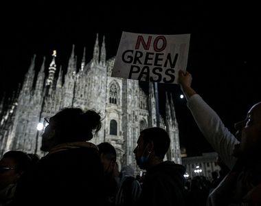 VIDEO | Proteste în Italia, după ce certificatul Covid a devenit obligatoriu
