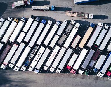 Specialiștii Direcției Agricole Bihor au identificat 6 camioane care transportau soia...