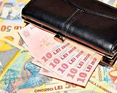 """Avertismentul unui economist român: """"Vine o criză fără precedent"""""""