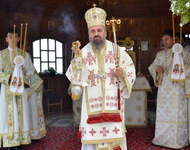 Episcopul Devei şi Hunedoarei a pierdut lupta cu virusul COVID-19. Avea 52 de ani și...