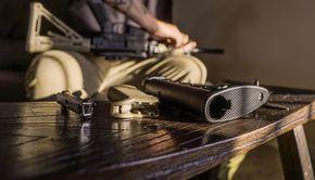 Un bărbat din Neamț s-a sinucis cu un pistol cu bile. Mama acestuia l-a descoperit fără suflare