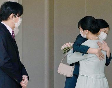 Prințesa Mako a Japoniei s-a căsătorit cu iubitul ei din facultate, Kei Komuro. În urma...