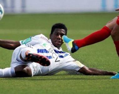 Firma care detine ambulanta ce l-a luat de pe teren pe fotbalistul Patrick Ekeng avea...