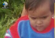 Baietel de 1 an si 7 luni, disparut fara urma. Familia il cauta cu disperare