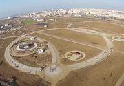 Da, este in Romania! Autoritatile au inaugurat un parc, dar acesta arata deplorabil! N-are arbori, iar lacul e plin cu mormoloci!
