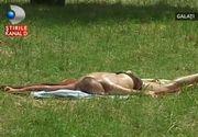 Vremea calduroasa a facut sute de romani sa uite de haine si sa se intinda la plaja, chiar si in cele mai ciudate locuri