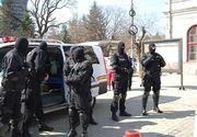 Magistratii Tribunalului Timis au decis arestarea preventiva a 17 politisti de frontiera si contrabandisti, in dosarul Vama Moravita