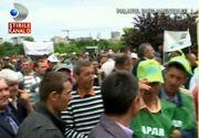 """Mii de crescători de ovine şi bovine protestează în Bucuresti: """"Să ne dea subvenţiile că n-avem bani. Să nu işi ia banii pe păşuni şi pe dreptul nostru"""""""