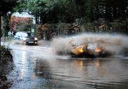 Autoritatile din Arad au luat masuri speciale, dupa ce meteorologii au emis o alerta de cod portocaliu de ploi si inundatii