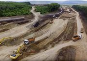 Imagini filmate cu drona. Mobilizare maxima a constructorului la autostrada A3 Gilau-Nadaselu, la vest de Cluj Napoca