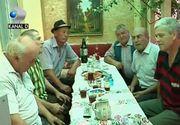 """Tulucestiul sustine Romania. Hai Romania! Localnicii din comuna galateana fac pronosticuri pentru meciul cu Albania: """"Daca e 2-0, dai tu doi litri de vin, daca e 2-1, dau eu trei"""""""