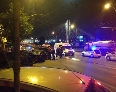 Accident groaznic in Capitala, noaptea trecuta. Un barbat baut a intrat cu masina in...