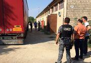 Un roman si un moldovean, arestati pentru contrabanda de tigari! Politistii au descoperit 1,5 milioane de tigarete in camioanele lor!