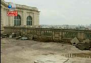 Casa Poporului a ajuns in paragina. Ploua in birourile deputatilor si mai multe tavane au cazut din cauza infiltratiilor