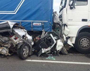 ACCIDENT terifiant in Brasov. Impactul a fost mortal. Patru persoane sunt ranite, iar...