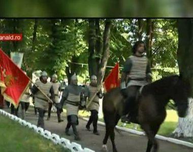 Spectacol medieval in Cetatea Neamtului. Vlad Tepes, Stefan cel Mare, voievozi si...