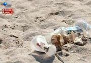 """Plajele din Costinesti, transformate in gropi de gunoi dupa plecarea turistilor: """"Cojile de semninte le bagam sub nisip"""""""