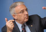Un bancher a dezvaluit, in sfarsit, salariul lui Mugur Isarescu! Lucian Isar, sotul Alinei Gorghiu, sustine ca guvernatorul BNR ar incasa 40.000 de euro pe luna!