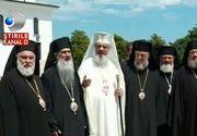 Patriarhul Daniel a implinit astazi 65 de ani. Cum a fost sarbatorit astazi Inalt Preasfintitul. La eveniment au luat parte zeci de persoane si un sobor impresionant de preoti