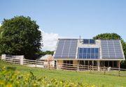 """Romanii pot primi pana la 12.000 de euro de la stat pentru renovarea sau constructia unei case ecologice. Programul """"Casa Verde"""" incepe peste 3 saptamani"""