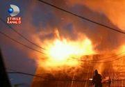 O banala furtuna adus dezastrul pentru o familie din Maramures. O casa a ramas fara acoperis din cauza unui fulger, apoi un semn ciudat a aparut pe cer