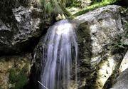 Locul unic din Romania unde poti admira cinci cascade! Peisajul este unul care iti taie respiratia