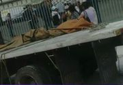 Bataie pe mancare in Venezuela. Oamenii au jefuit un camion cu faina! L-au golit in cateva minute