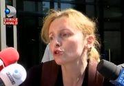 Fosta sotie a lui Dan Condrea a facut circ pe treptele Tribunalului. Cei de la Protectia Copilului vor sa ii ia fata si sa o plaseze in ingrijirea Statului