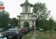 Scandal intr-un cartier din Galati din cauza clopotului de la cimitir! Clopotarul il trage de fiecare data cand cineva ii plateste. Oamenii sunt revoltati
