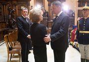 Premierul Ciolos, vicepremierii Dincu si Borc si alti membri ai Guvernului au depus coroane de flori la Castelul Peles, in memoria Reginei Ana