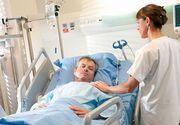 """O asistenta de la Spitalul Universitar s-a electrocutat cand trezea o pacienta din anestezie. Managerul institutiei: """"A fost un incident minor"""""""