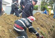 Un barbat se afla in stare grava dupa ce un mal de pamant l-a ingropat de viu