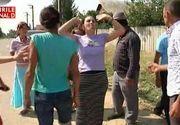 Scandal intr-un sat din Galati dupa ce un barbat a intrat intentionat cu masina in 3 oameni ca sa se razbune! A ucis un om si a lovit grav o gravida