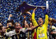 Sportivele de la CSM Bucuresti au primit titlul de Ceatean de Onoare al Bucurestiului si premii de cate 5000 de lei