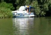 O excursie de vis in Delta Dunarii s-a transformat intr-o tragedie. 12 persoane si-au vazut moartea cu ochii, dupa ce salupa in care se aflau s-a rasturnat