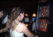 A dat norocul peste ea, chiar in noaptea nuntii! O mireasa din Iasi a jucat la pacanele dupa ce a fost furata de nuntasi si a castigat
