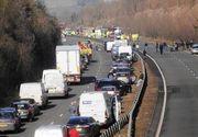 Trei raniti intr-un accident pe A2, trafic blocat in dreptul localitatii Fundulea dupa rasturnarea unui camion