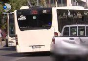 Clipe de cosmar pentru calatorii din autobuzul care a lovit o masina, Palatul Parlamentului. Soferul lovit se apara: a mai fost implicata o masina in accident