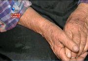 Bunica Maria, batranica din Timis parasita de copii, isi sarbatoreste ziua singura, intr-o saracie lucie. Lectia de viata oferita de batrana din Timis