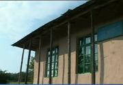 """Localitatile din Romania unde scolile au peste 100 de ani vechime. Institutiile de invatamant sunt adevarate """"capcane"""" pentru elevi"""