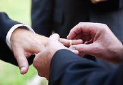 Curtea Constitutionala a amanat din nou decizia in privinta recunoasterii casatoriilor incheiate in strainatate intre persoane de acelasi sex
