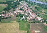 Satul din Romania care a aratat unei tari intregi ca se poate. Oamenii isi repara singuri drumurile, isi construiesc poduri si ii ajuta pe saraci