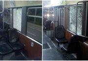 Calatorii din tramvaiele aradene au fost atacati cu pietre si caramizi