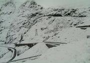 A venit iarna! In nordul tarii a inceput sa ninga inca de dimineata, iar la munte s-a depus un strat gros de zapada