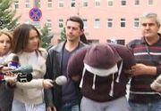 Momente de groază în capitală. O tânără, de 19 ani, purtata cateva sute de metri pe capota masinii iubitului, cu care se certa