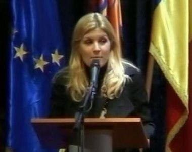Ne-am obişnuit cu adevărate vedete în Parlamentul României! Numai că s-ar putea să...